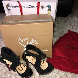 Christian Louboutin Shoes - Louboutin's